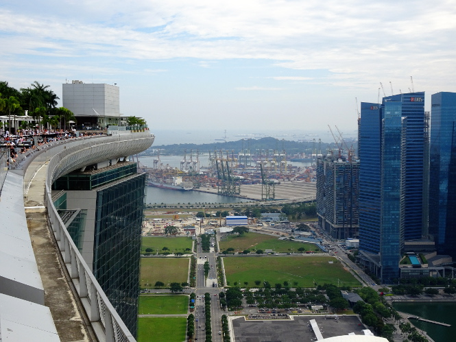 marina bay sands rooftop singapur travelguide