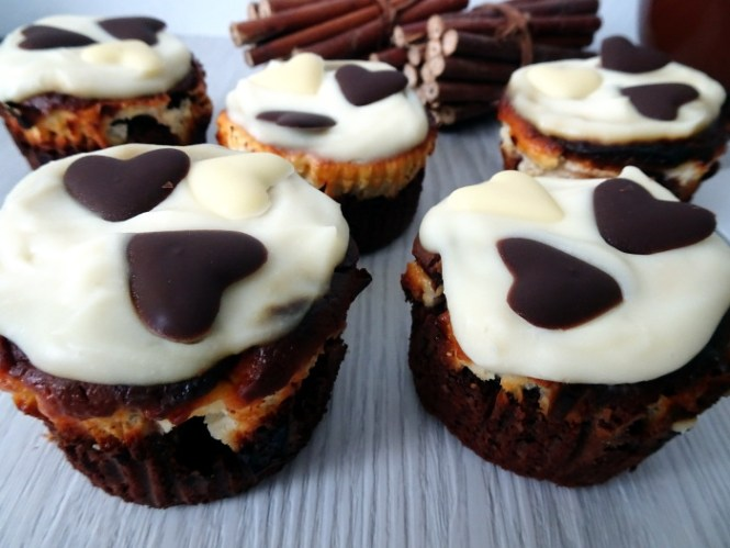 wedding muffin brownie cheesecake