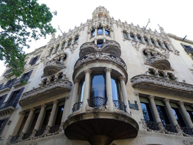 barcelona sightseeing casa lleó morera