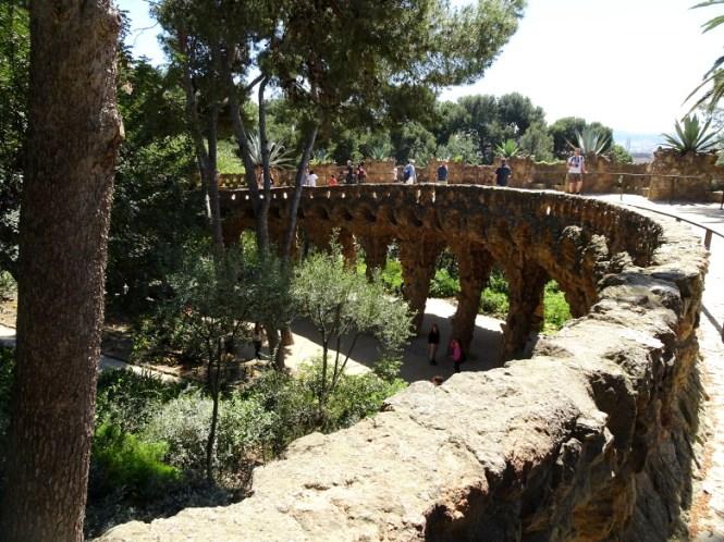 barcelona citytrip park güell brücke