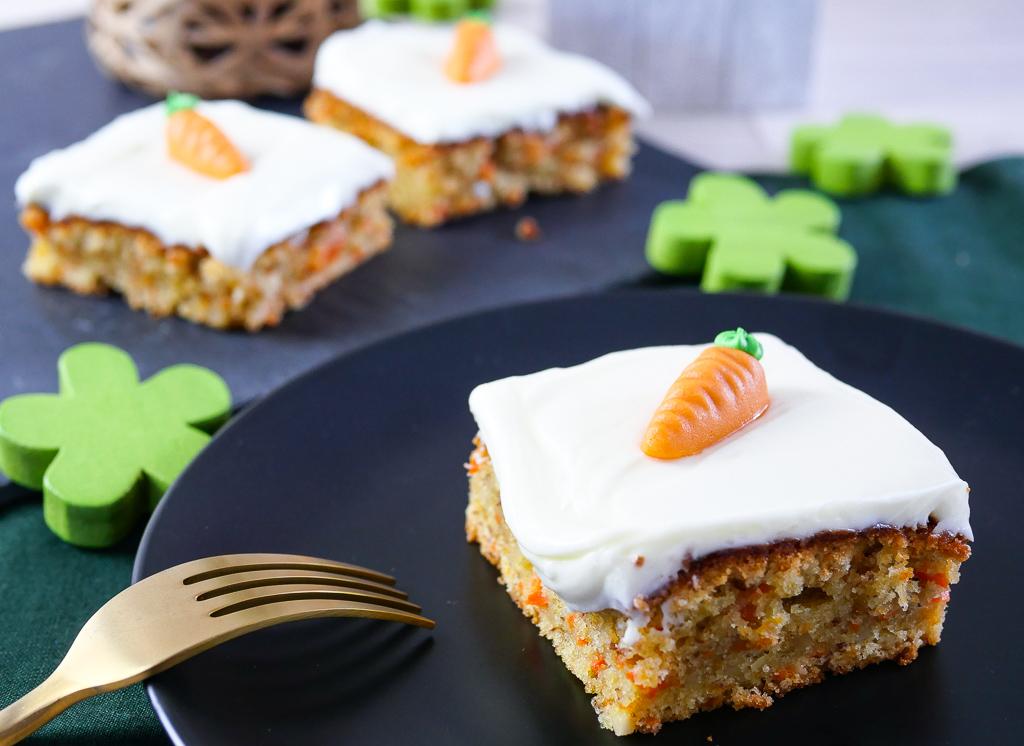 Karottenkuchen mit Frischkäse Frosting