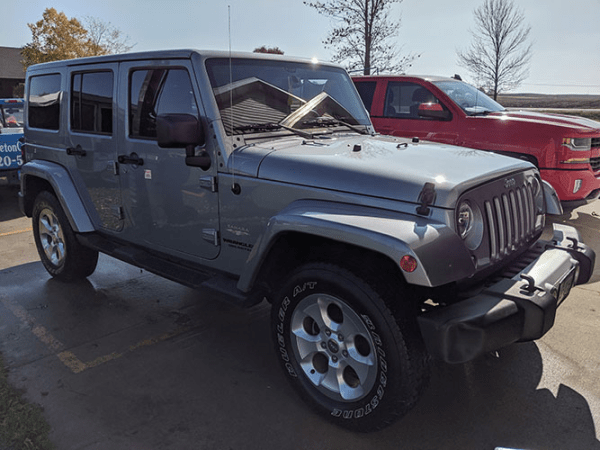 Detailed Jeep Front View