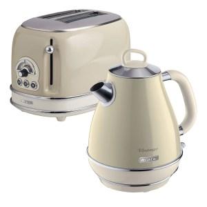 Ariete ARPK1 Vintage 2-Slice Toaster and 1.7L Fast Boil Jug Kettle - Cream
