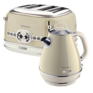 Ariete ARPK19 Vintage 4-Slice Toaster and 1.7L Fast Boil Jug Kettle - Cream