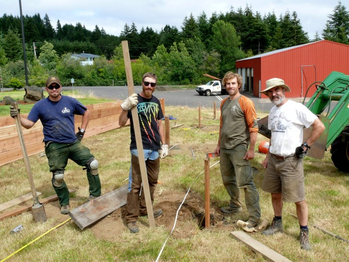 Staff of Confederated Tribes of Grand Ronde and Institute for Applied Ecology building raised beds