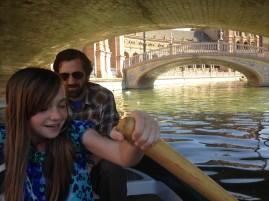 Momo rowing