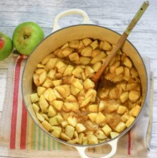 Delicious Stewed Apples