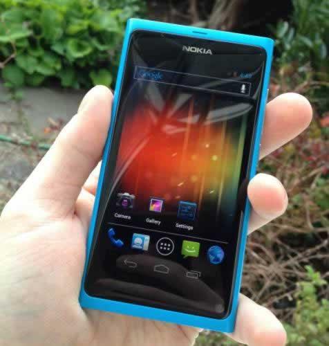 Nokia N9 corriendo ICS