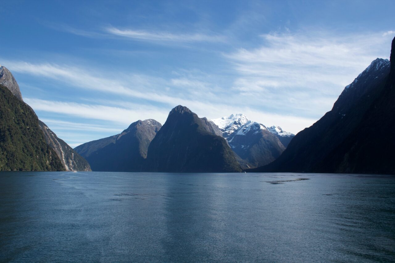 New Zealand Milford Sound Bay