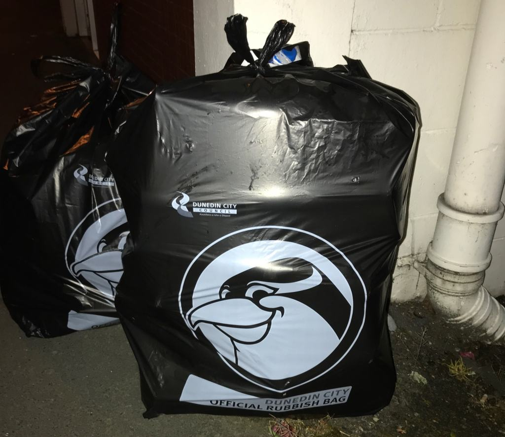 Dunedin City Rubbish Bag with Penguin