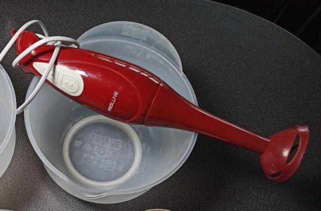 mixeur plongeant pour faire du savon