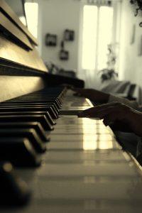 Aider son enfant à apprendre le piano
