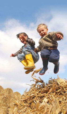 """Résultat de recherche d'images pour """"joie enfant photographie play"""""""