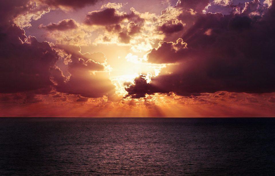 Soleil couchant sur la mer