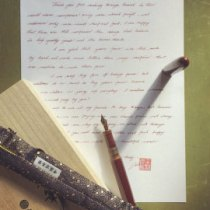 comment écrire une lettre manuscrite, comment écrire une lettre d'amour, lettre carte de voeux manuscrite, politesse, savoir-vivre, étiquette rédiger une lettre, règle de bienséance youtube cour leçon guide princesse bonnes amnières courtoisie biensénace galanterie astuce expert