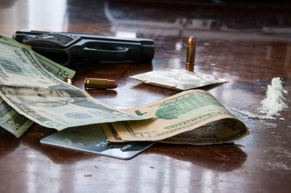 dealer politesse savoir-vivre étiquette protocole drogues argent usages convenance bonnes manières