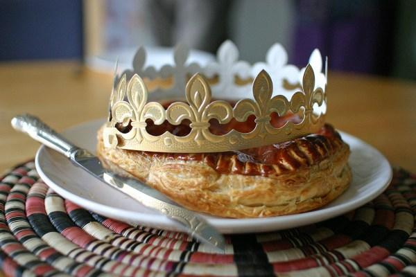 fête des rois 3 protocole savoir-vivre tardition fève comment célébrer histoire origine coach bonnes manières étiquette