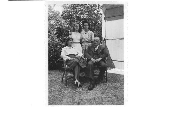 Interview de Suzanne Rochat, 89 ans et lectrice du blog, sur l'évolution des bonnes manières depuis presque un siècle !