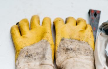 Une femme doit-elle se déganter s'il fait super froid ? gants de jardinage silicine caoutchouc