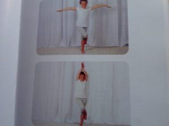 posture yoga enfants stressés