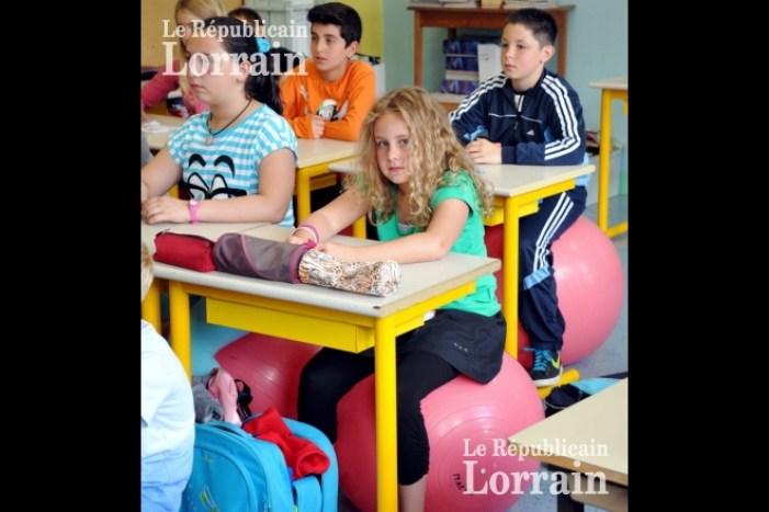 chaise ballon école
