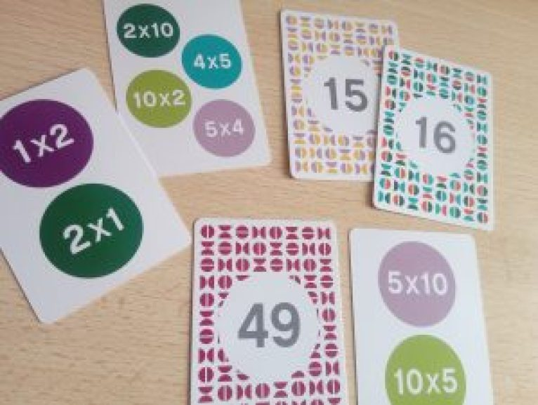 jeu cartes multiplication