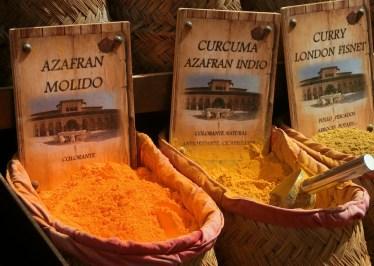 Les bénéfices santé du Curcuma : des épices santé gingembre et curcuma