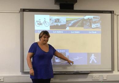 J'enseigne le français en Angleterre, tout est numérique là-bas!