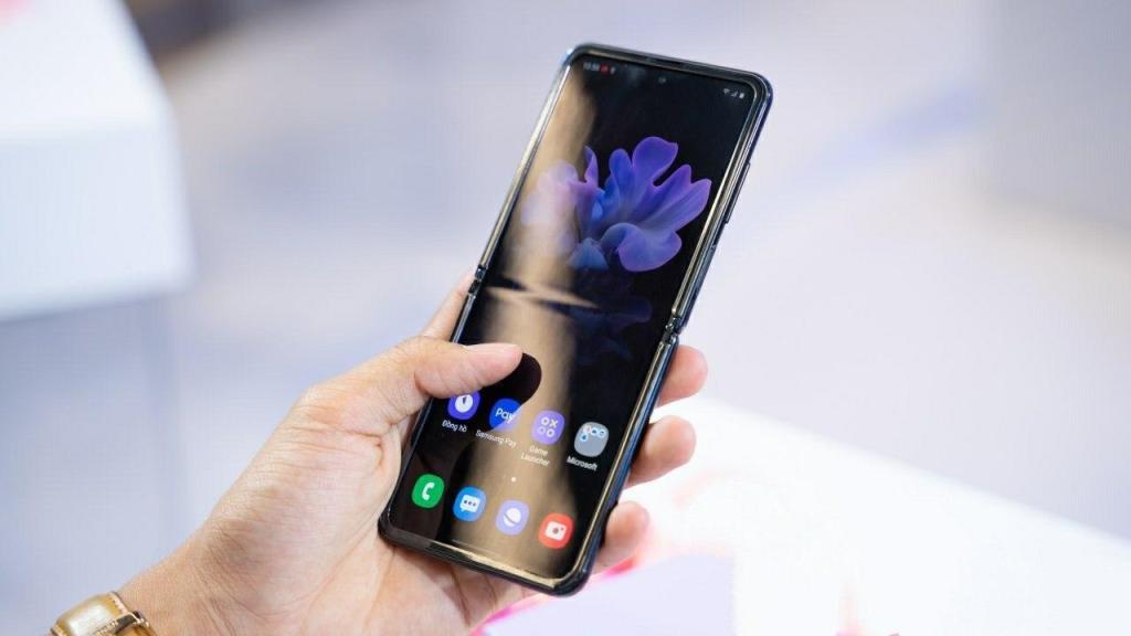 تنزيل أحدث خلفيات لهواتف Samsung Galaxy S20 و Galaxy Z Flip