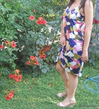 WalkTrendy: mini abito vintage e sottoveste multicolore 4 Moda