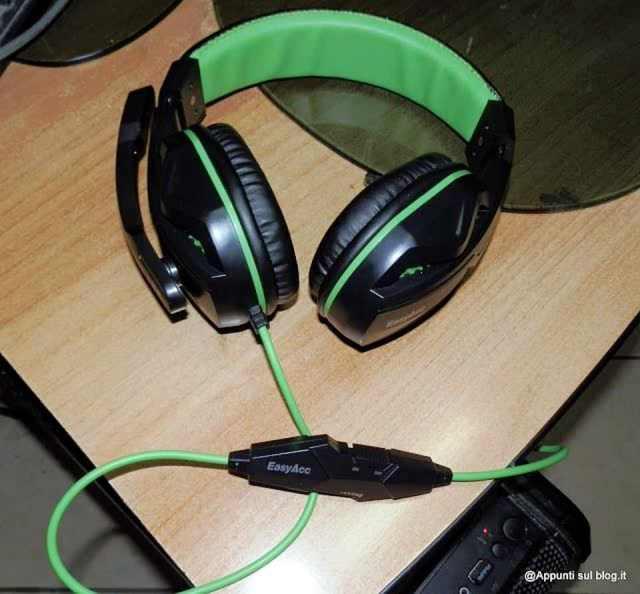 EasyAcc cuffie gaming headset grintose e tecnologiche.