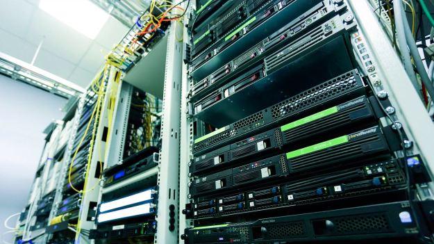 servidor enracable