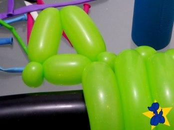 esculturas-de-baloes-m16-rifle-fuzil-07