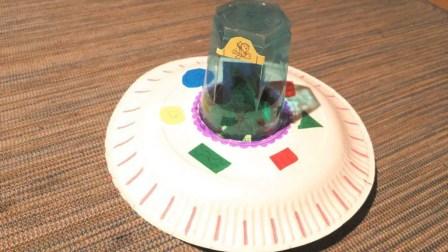 nave espacial manualidad niños con plato y vaso de plastico