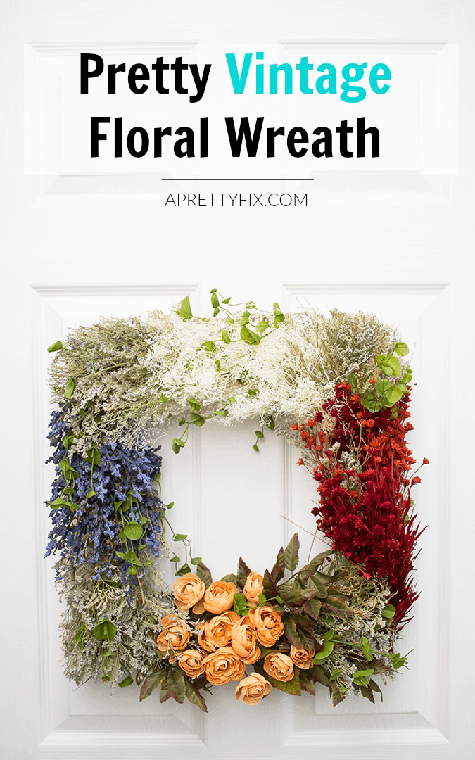 Make this pretty vintage DIY floral wreath using a combination of faux and dried flowers in this step-by-step tutorial. | DIY | wreath | craft