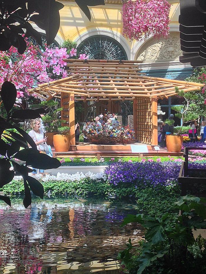 Botanical Garden   Las Vegas   Japanese Structure