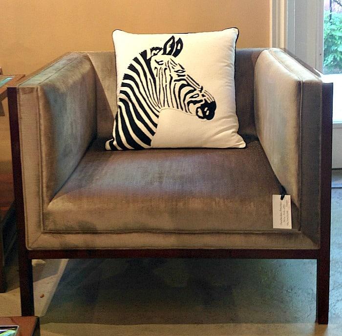 Chic by Jansen -  zebra cushion
