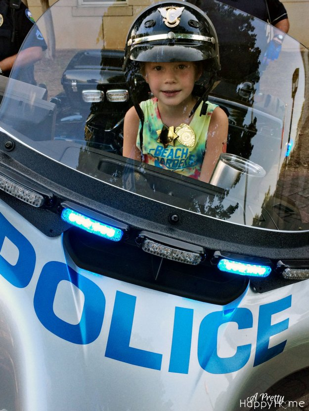 2015_8_4-Tor-Police-Bike