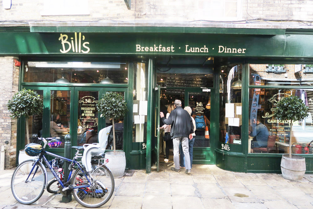 Breakfast at Bill's Restaurant - Cambridge