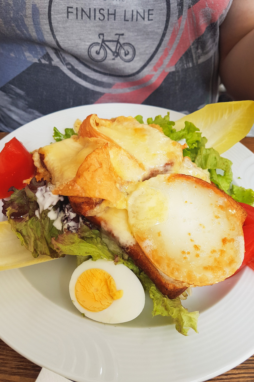 Munster Cheese Salad Colmar