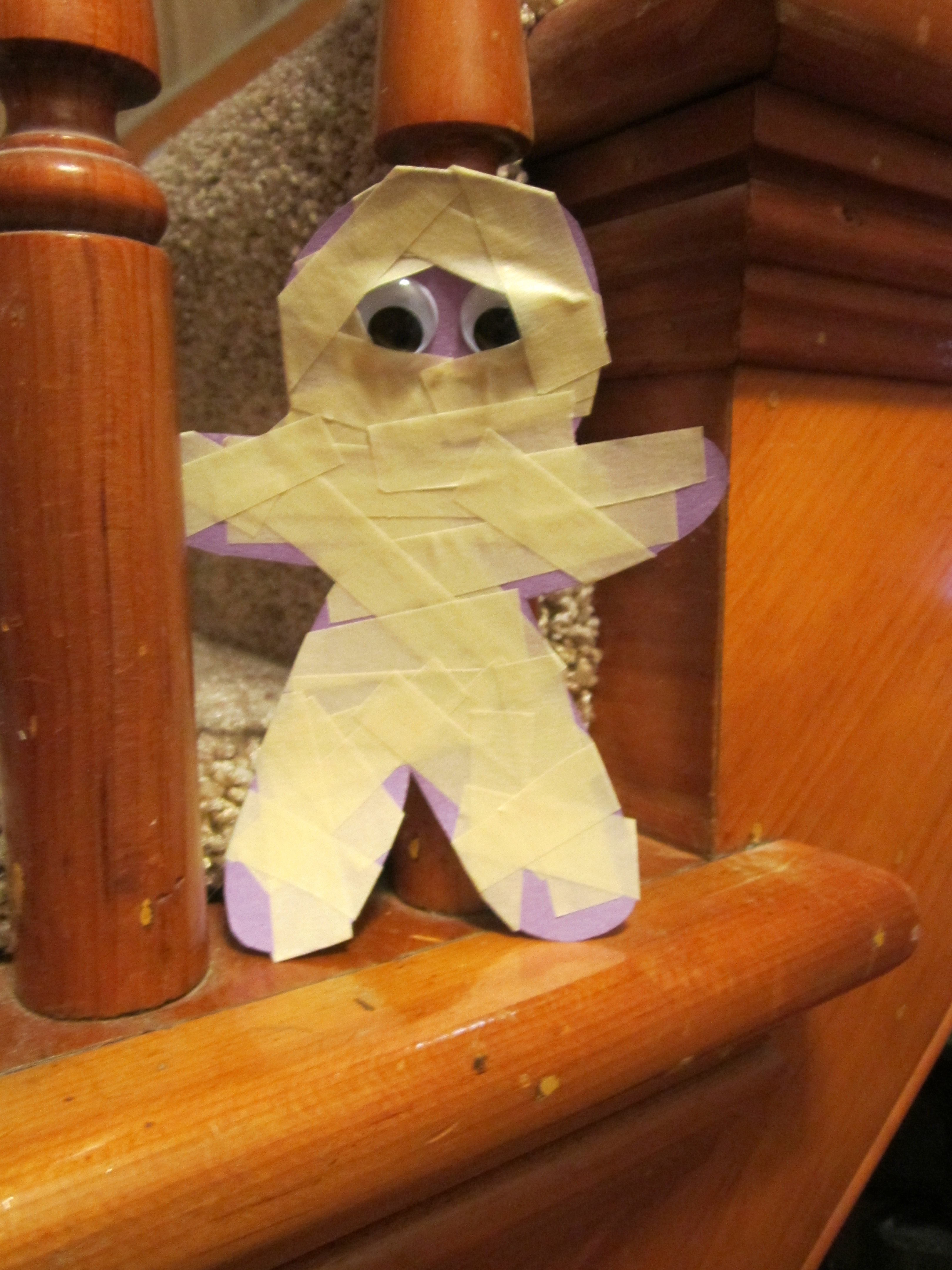 Mummy and skeleton crafts at the table with april fiet for Q tip skeleton craft template