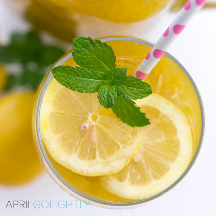 Mango Iced Tea with mint leaves using Lipton Iced Tea Bags