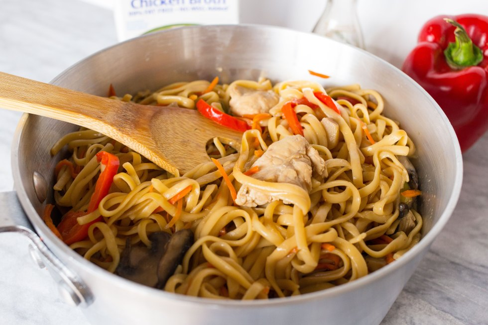 how to make simple lo mein noodles