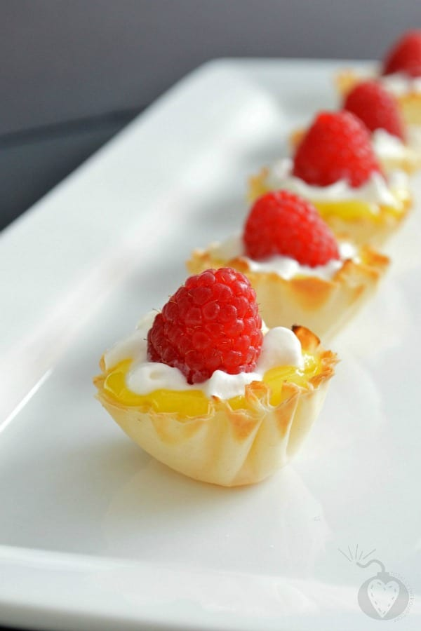 Mini Raspberry Lemon Tarts from Totally the Bomb