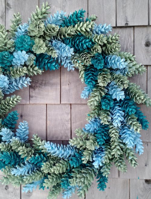 How to Make a Pine Cone Wreath from Stagetecture