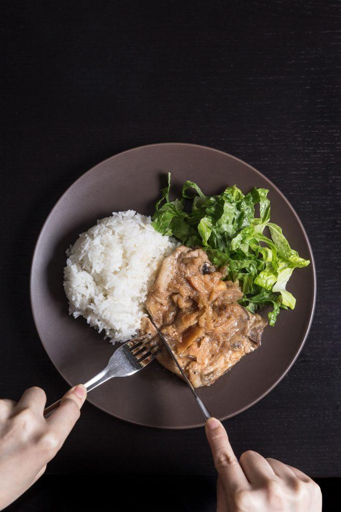 25 Apple Recipes - Pressure cooker pork and apple sauce recipe