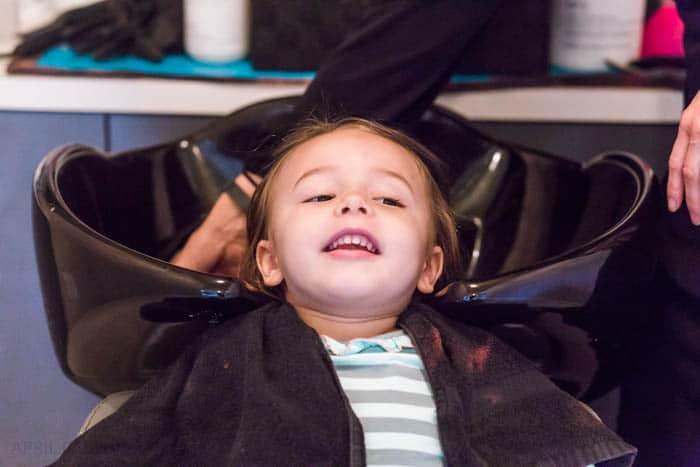 toddler-first-hair-cut-4-of-6