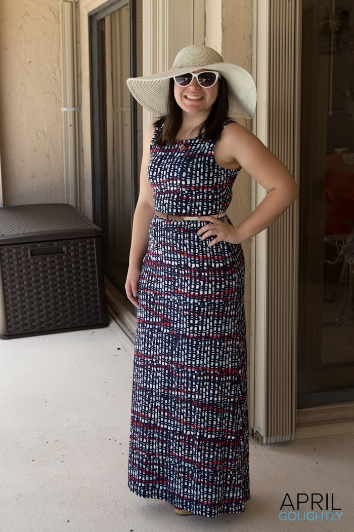 Wear hats with Maxi Dresses