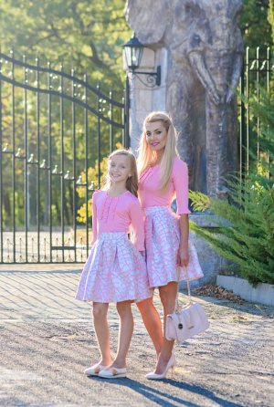 Pink Mother Daughter Dresses outfits