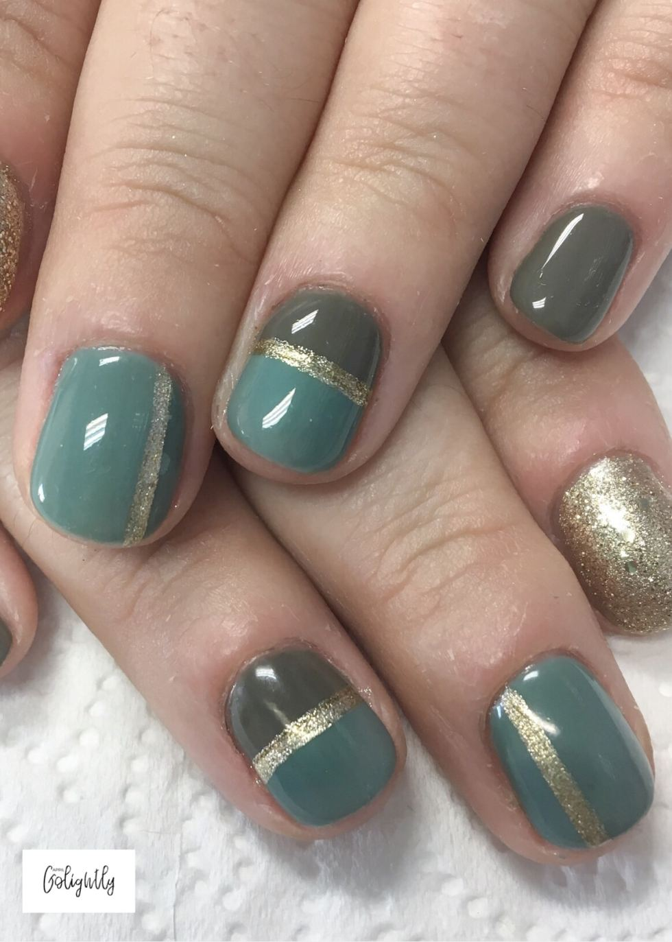 Green and Gold Nail designs color blocking for fall season